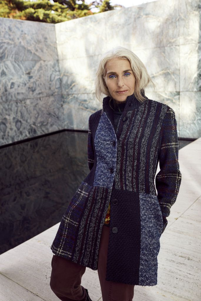 Desigual_COATS_Merel Krielaart Best Age Model